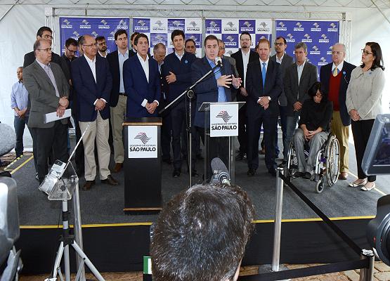 Crédito  Luiz Granzotto Prefeito ressalta a importância do programa para a  cidade 7380d058257